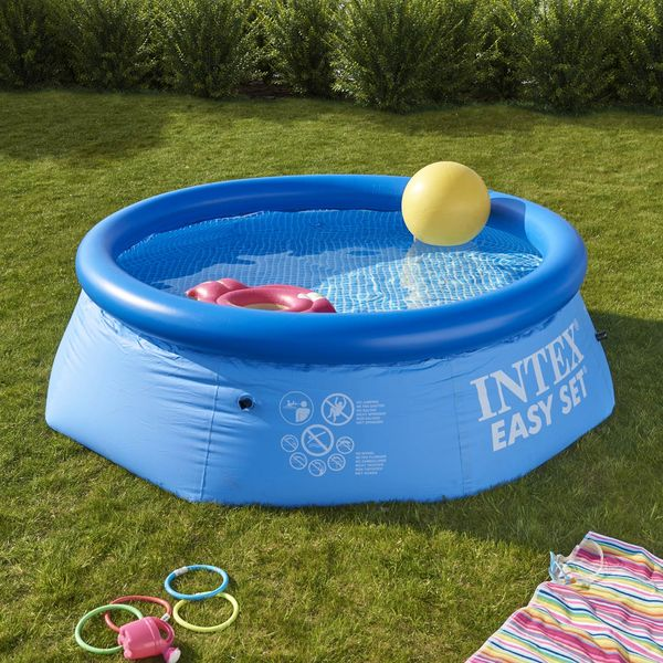 Test de la r daction piscine gonflable la vie de for Piscine de jardin gonflable
